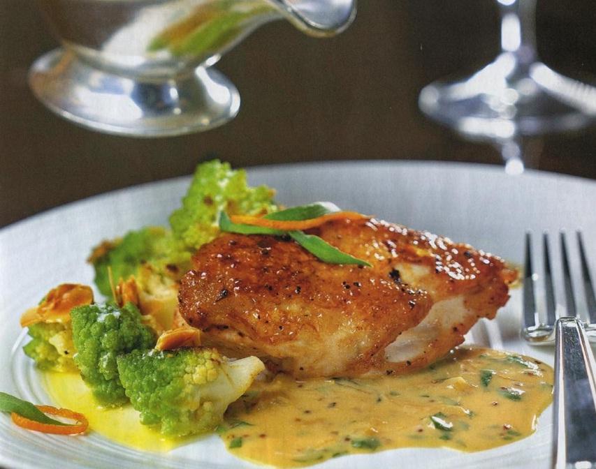 Куриное филе в горчичном соусе с эстрагоном