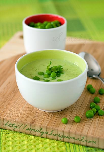 Суп из зеленого горошка