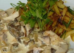 Фрикасе, приготовленное из курицы