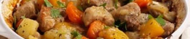 Тушёная свинина с брюквой и рисом