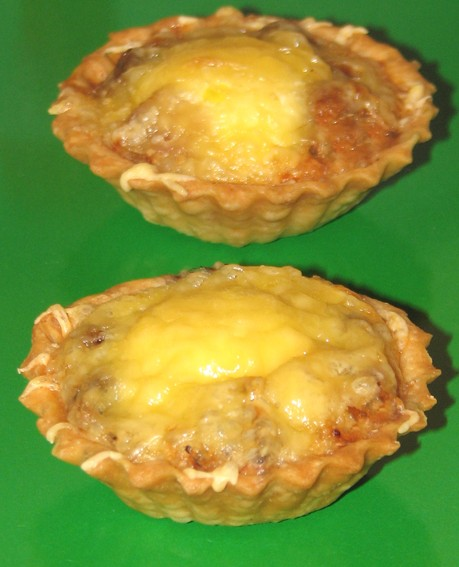 Тарталетки с курицей и грибами запеченные в аэрогриле