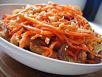 Морковный салат со свежей рыбой
