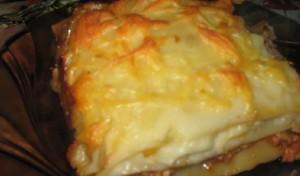 Мясная лазанья с соусом бешамель и грибами