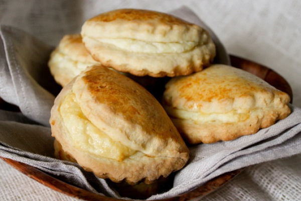 Сочники с творогом рецепты пошагово дрожжевое тесто