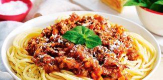 Паста «Паппарделле» с мясным соусом болоньезе